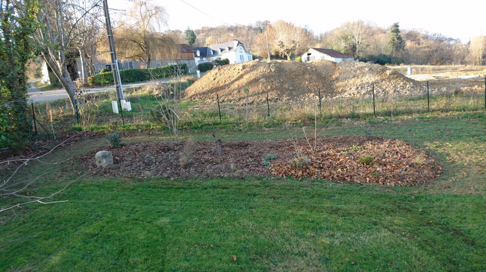 Am nagement d un massif jardin de luchane for Creation massif jardin
