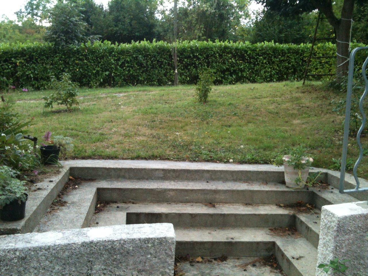 Mes r alisations jardin de luchane massifs jardin de luchane for Allee de jardin sans herbe